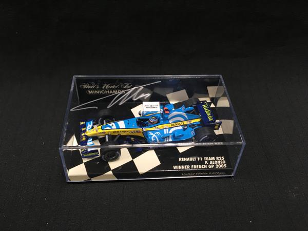 ミニチャンプス F.アロンソ 直筆サイン入 1/43 ルノーR25 2005年フランスGP