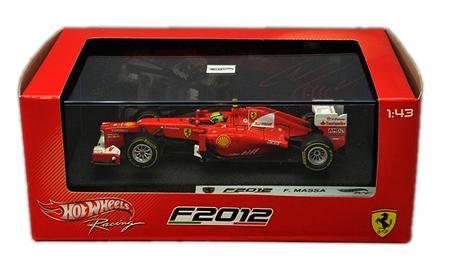 マテル 1/43 フェラーリ F2012 F.マッサ 本戦 (ドライバー付)
