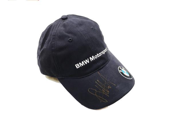 セバスチャン・ベッテル直筆サイン入 BMWモータースポーツ市販品キャップ(2007年ザウバー時代のサイン)