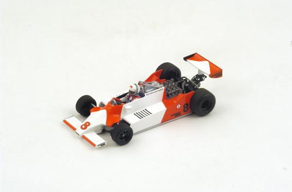 スパーク  1/43 マクラーレン M29  A.チェザリス 1981年ロングビーチGP No.8