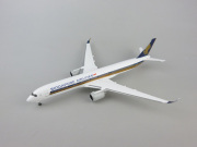herpa wings 1/500 A350-900XWB シンガポール航空 9V-SMA