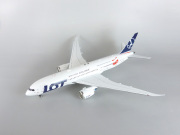 InFlight Model 1/200 787-8 LOT SP-LRH 2018 Olympic Winter Games Livery With Stand