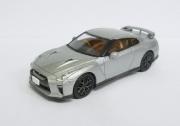 トミカリミテッドヴィンテージネオ 1/64 日産GT-R 2017 MODEL (シルバー)