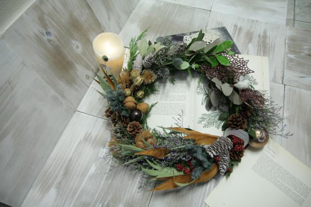クリスマス【アトリエブラン】木の実のリース