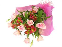 花束ピンクバラ中心おまかせ