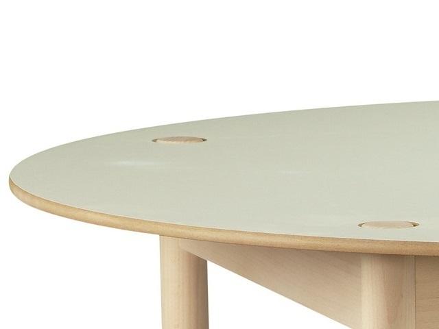 C44 table 1100Φ HAY ヘイ テーブル