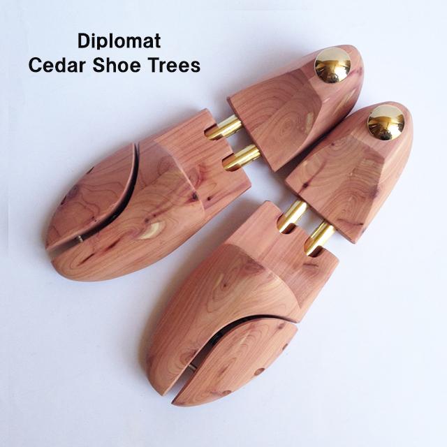 丸みのあるがっしりした靴に最適なシューキーパー【ディプロマット・シダーシューツリー】【交換無料】