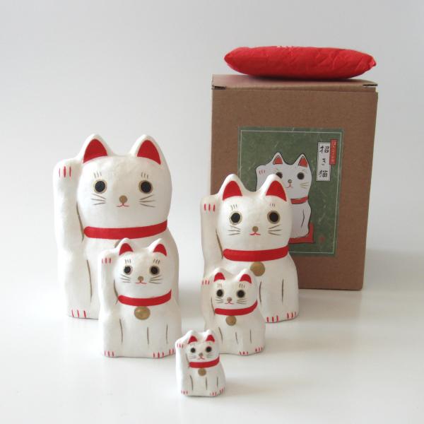 はりこーシカ 招き猫 (白)