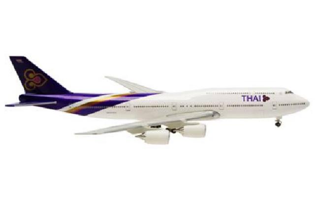 B747-8 1:500 タイ国際航空