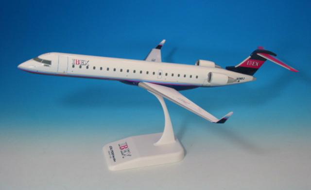 IBEX CRJ-700 1:100