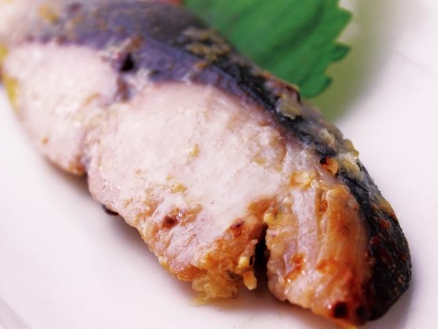 ぶりステーキ 塩麹漬け