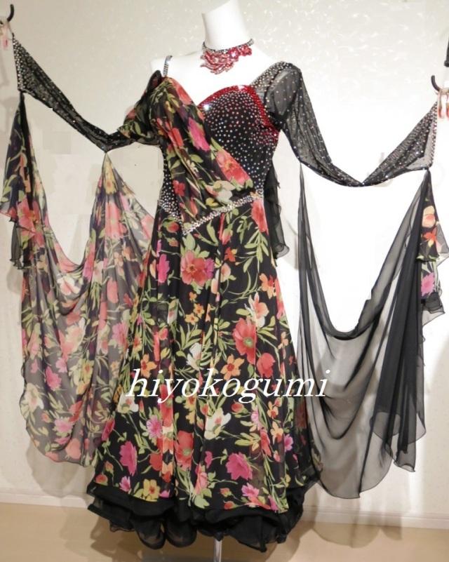 M954 黒花柄スタンダードドレス(LLサイズ)
