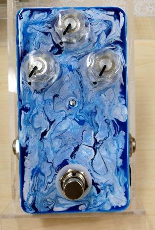 verre-2-19-blue-wh_body-1