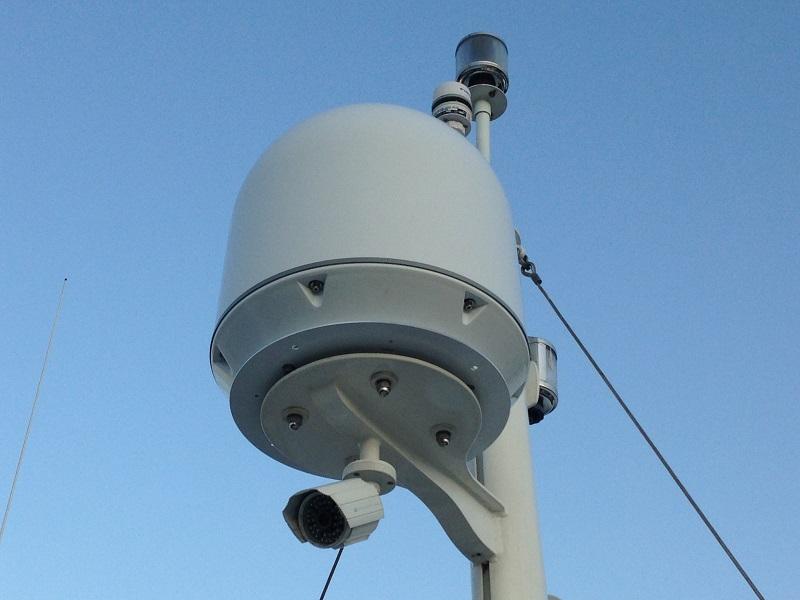 追従性能を極限まで追求した、新時代の自動衛星追尾アンテナ【Marine-D M37】