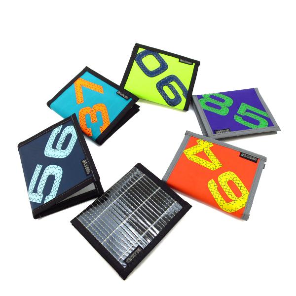 【BLOND】二つ折り財布 M セイル素材