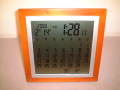 天然木製フレームの高級感と温かさが魅力! カレンダー電波時計