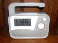 災害時に便利な発電機能付きダイナモAM/FMラジオ電波クロックC6020