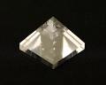 水晶ピラミッド No.16
