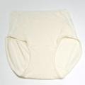 シルクのすっぽりショーツ M オフホワイト 神戸生絲