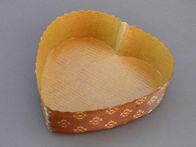 ハートシェイプカップ (10枚入)