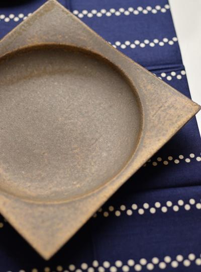 銅彩釉角皿