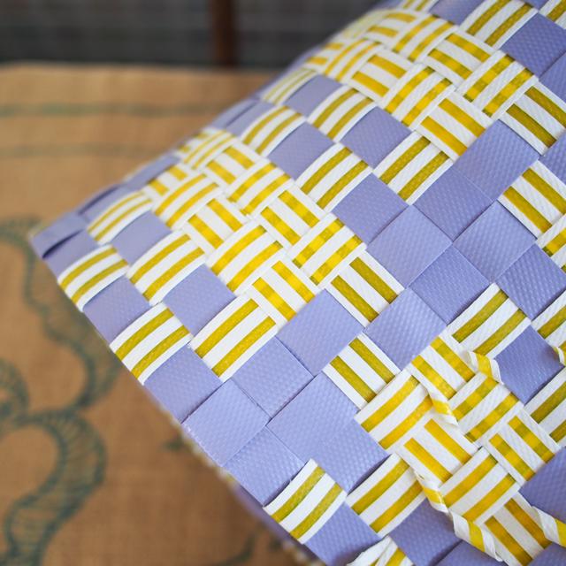 群青薄紫と黄色の組み合わせがシックなプラカゴ