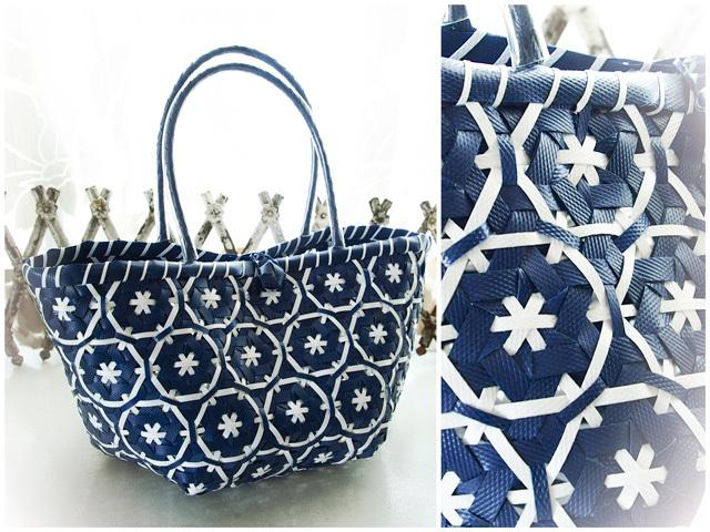 花まる編みのプラカゴ、紺色