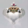 Queen Barbara Gold Crown Ring