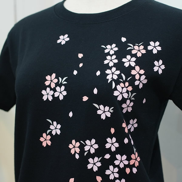 半袖和柄Tシャツ「桜図」(黒)