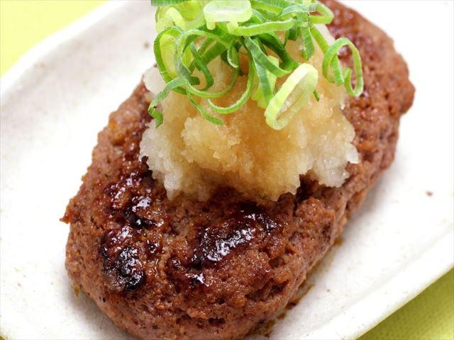 鶏肉と有機豆腐の自家製ハンバーグ おろしポン酢