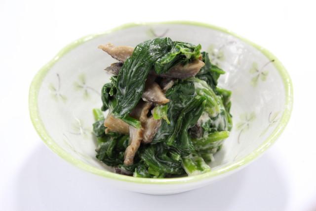 【香り豊か】ほうれん草と干し椎茸の胡麻和え