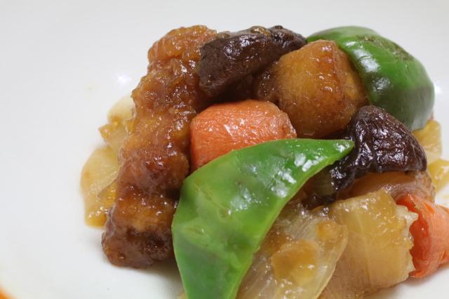 【無添加中華】安全飼育豚と野菜の酢豚 米酢仕立て