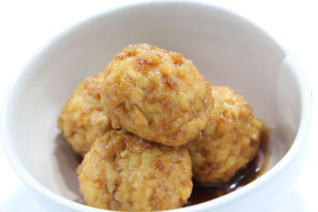 豆腐入り鶏つくねの照り煮