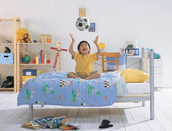 ベッド = 子供から大人まで末永く使えます♪ のびのびベッド