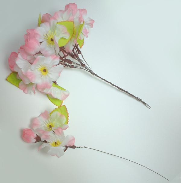 つぼみ付き桜枝付け10本束(さくら)