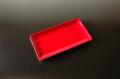 赤い長角皿