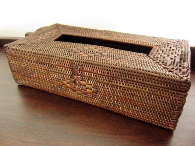 アタ製・ティッシュボックス(ダークブラウン/編み模様入り)AT046