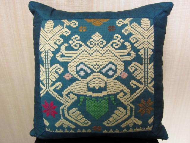 ソンケット(浮き織り)製 ボマクッション(ブルー・中綿入り)SP014