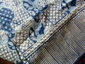 ジャワ更紗 バティック製タペストリ/テーブルランナー(バティックチャップ/型押し藍染め スカル・ジャガド模様 オウルハウス)BT111
