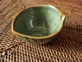 バリ島・タバナン焼き バナナリーフの小皿(グリーン)IA035