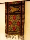 スンバイカット(パヒクン(浮織り布)/エビと幾何学文様)IK017