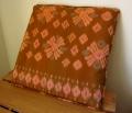 イカット(かすり織り)製 座布団タイプ・クッションA(40cm正方形/中綿付き)IK035