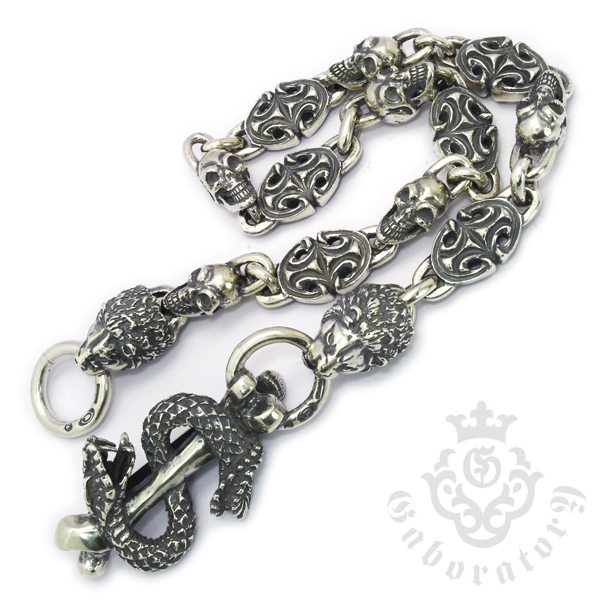 Gaboratory(ガボラトリー)Snake keeper with sculpted oval & skull links/ 2 lion heads Walletchain 22inch / SLCH005
