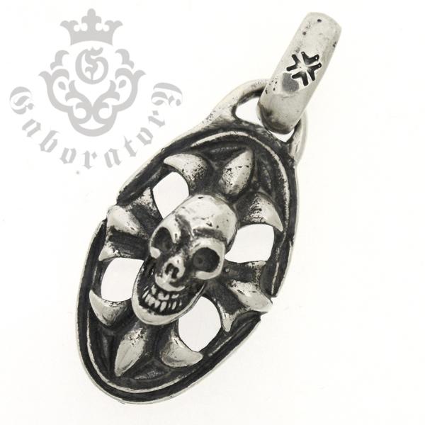 Gaboratory(ガボラトリー) Skull on cross oval Miniature スカルオンクロスオーバル/ミニペンダント【トップのみ】 ML240-A