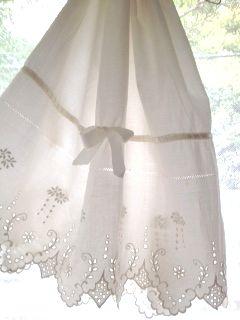 フランスアンティーク コットンレース刺繍&リボンペチスカート アイボリー