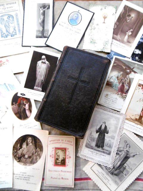 フランスアンティーク 総革張りカトリックミサ典書 完全版 ホーリーカード付き 1896年