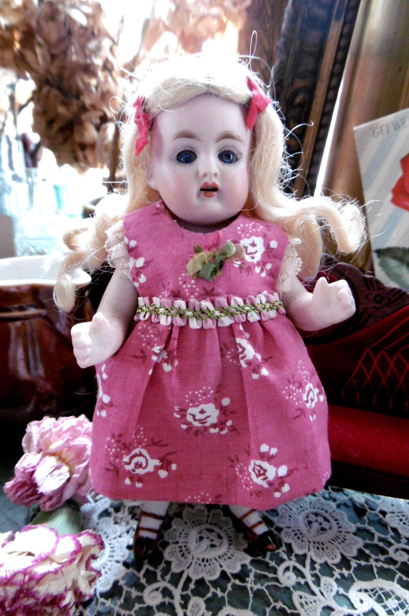 ジャーマンアンティーク Kestner150  おっとりぽっちゃりな女の子 H14cm