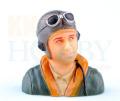 パイロット人形 31 (高さ69mm)