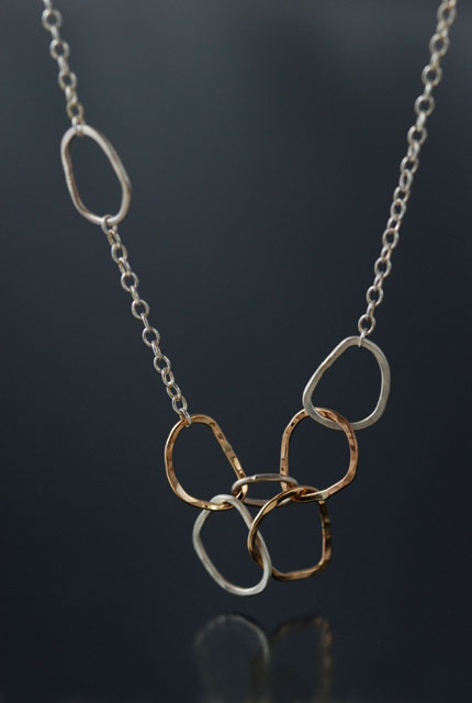 puzzle_necklace
