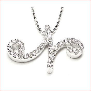 【送料無料♪】 妥協のない高品質全面ダイヤモンド♪ K18ホワイトゴールド フルオーダー 【N】イニシャル ダイヤモンド ペンダント